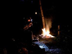日影沢キャンプ場で焚き火して飯