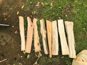 焚き火の薪の選別