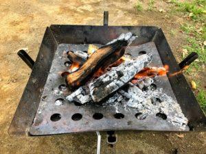 焚き火熾火