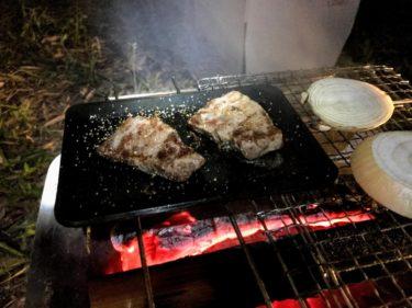 ピコグリルに4.5mm鉄板で焚き火で肉を焼いてみた